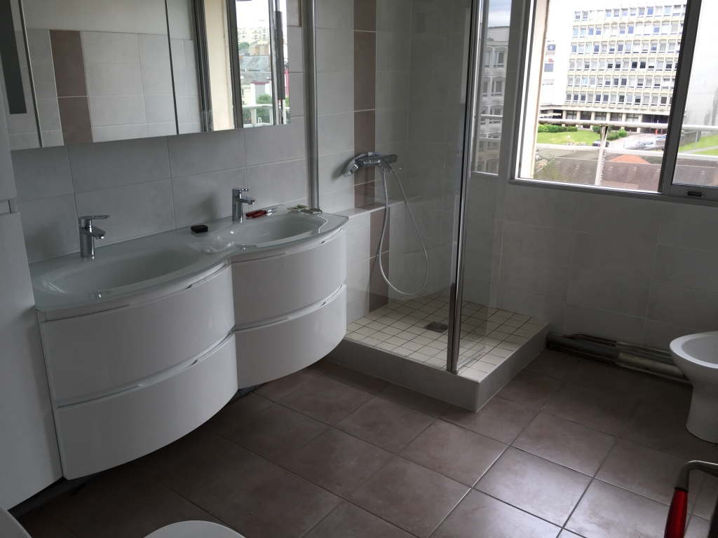 installateur salle de bain limoges. Black Bedroom Furniture Sets. Home Design Ideas